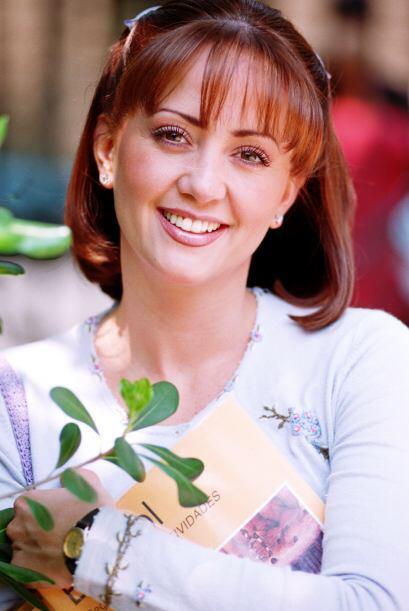 Andrea Legarreta interpreta a la guapa, carismática e inteligente...