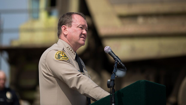 """Alguacil del condado de Los Ángeles: """"Temo que si ICE no tiene acceso a..."""