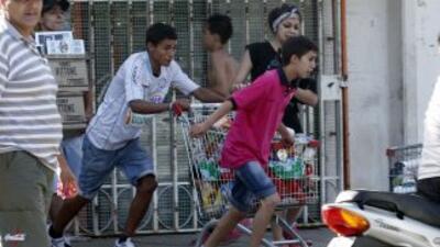 El conflicto policial que se vive en Argentina convirtió a ciudades como...