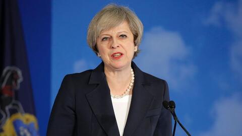 La primera ministra británica alerta a los republicanos sobre la diferen...