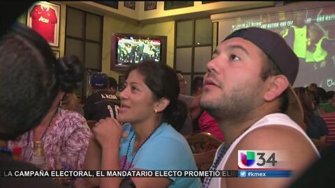 Aficionados de Los Angeles vivieron intensamente el partido de México