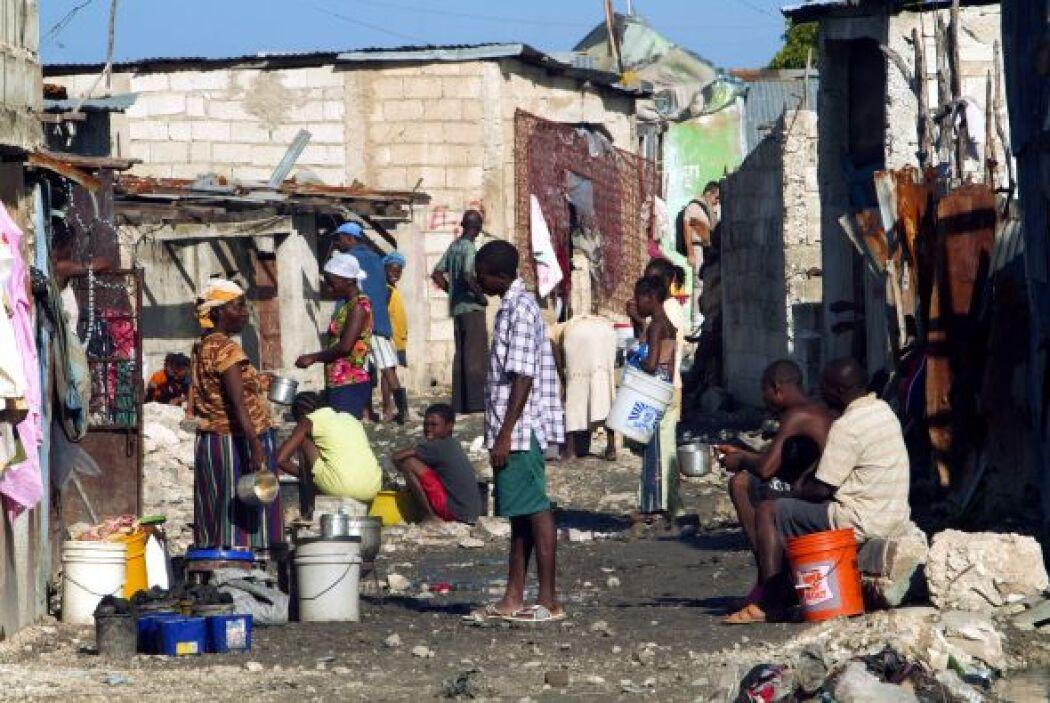 A casi nueves meses del devastador terremoto que azotó a Haití, más de u...