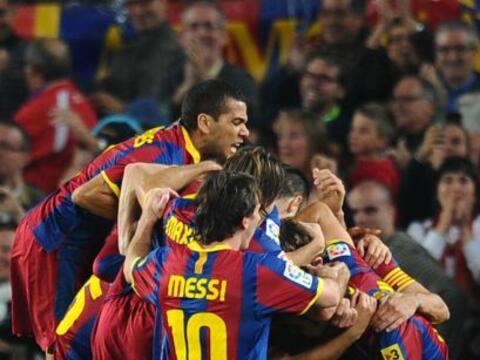 El Barcelona mostró su chapa de candidato y le ganó al Val...