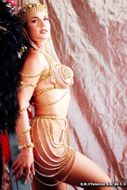 "Niurka participó también en ""Salomé"" (2001) donde interpretó a ""Karicia""."