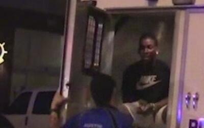 Degradan y suspenden a dos policías de Austin por uso excesivo de gas pi...