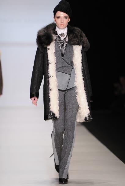 La 'borreguita' y piel por dentro de tu abrigo o chamarra son otra opci&...