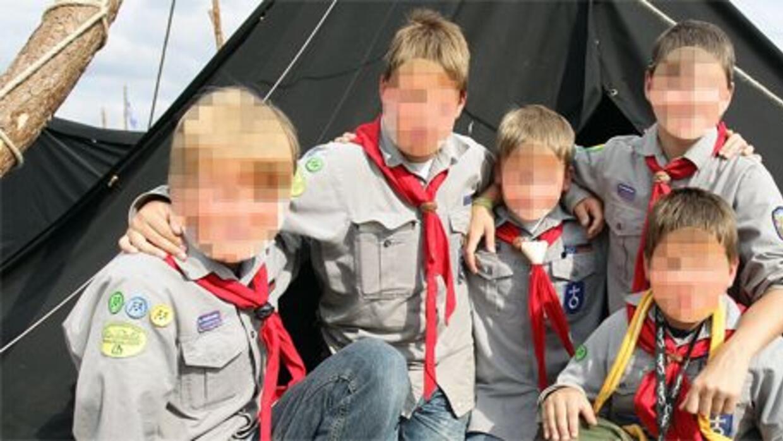 Niños exploradores fueron abusados sexualmente durante décadas y todo se...