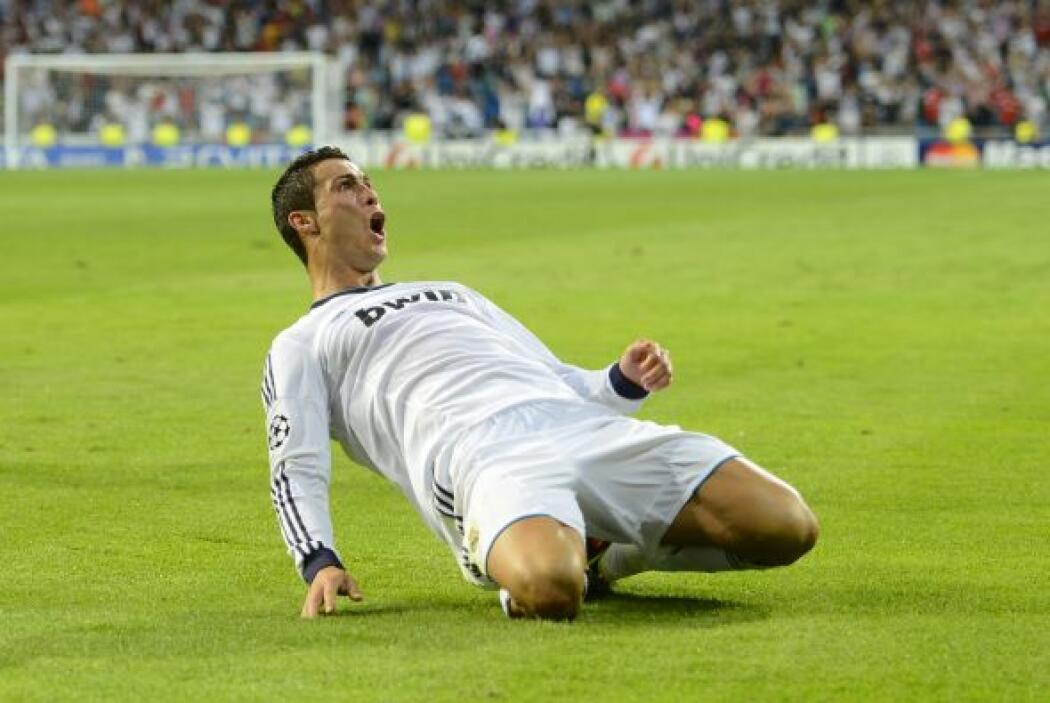Su actual equipo es el Real Madrid y su posición es extremo. Lleva un ré...