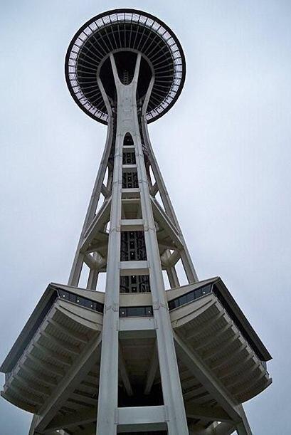 """Aquí tienes la famosa """"Aguja Espacial"""" de Seattle."""