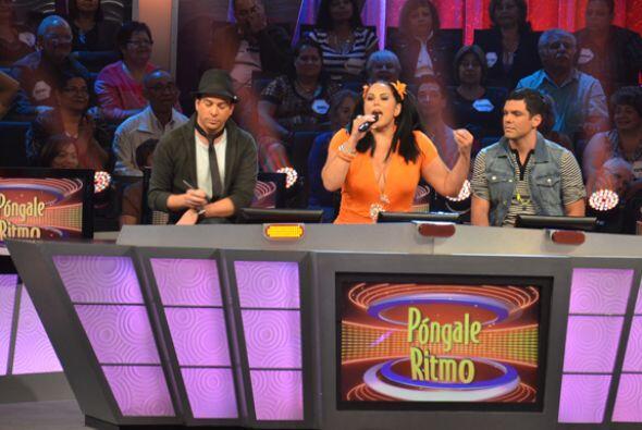 Los tres divertidos jueces dieron su opinión, aunque Alex no estaba de a...