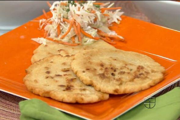 PUPUSASEstas tortitas de maíz, típicas de El Salvador, llevarán el alma...