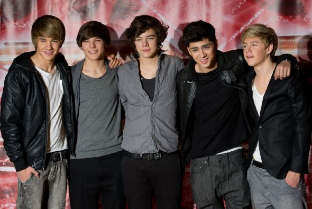 2.- One Direction es la 'boy band' más exitosa del momento y esta formad...