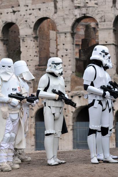Fanáticos de la saga de George Lucas alrededor del mundo conmemor...