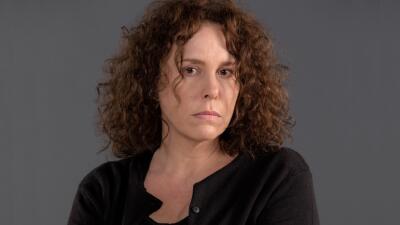 Azela Robinson es Josefa en Yo No Creo En Los Hombres.