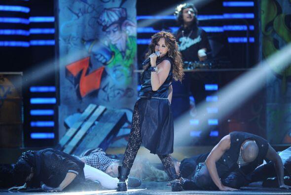 Con esta pegajoso tema, la cantante conquistó al público.