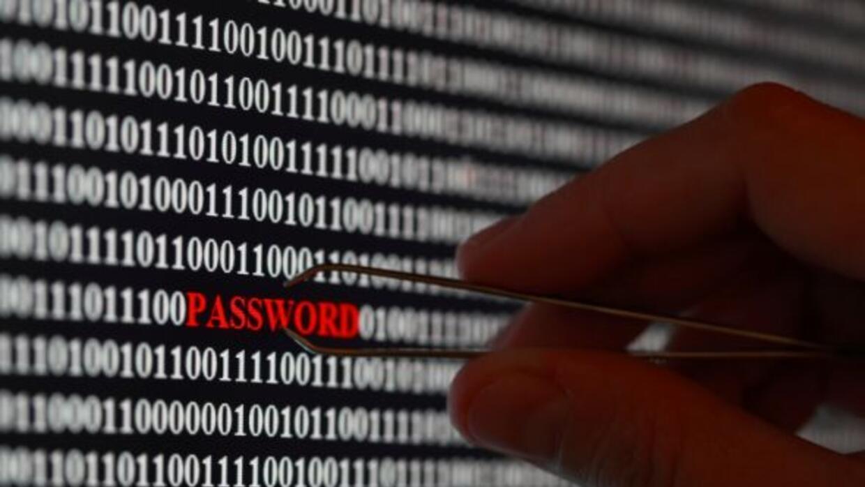 Según Google los gobiernos pagan hackers para acceder a computadoras inc...