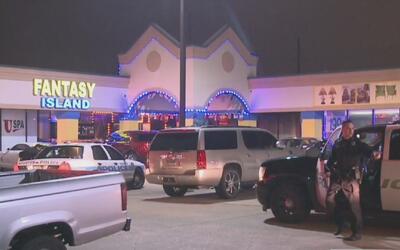 Dos hombres mueren tras un tiroteo en un club de bailarinas exóticas