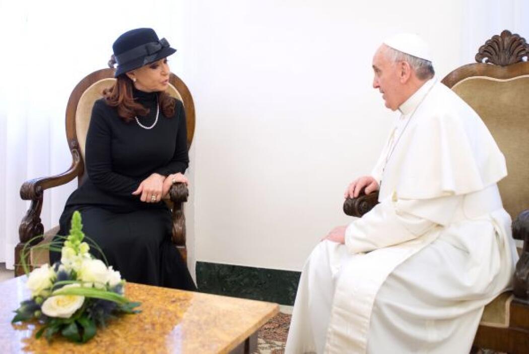 Tras la reunión, el pontífice y la mandataria argentina almuerzarian en...