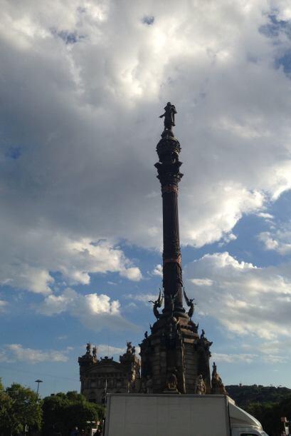 El cielo de Barcelona un día antes de la boda de Satcha.