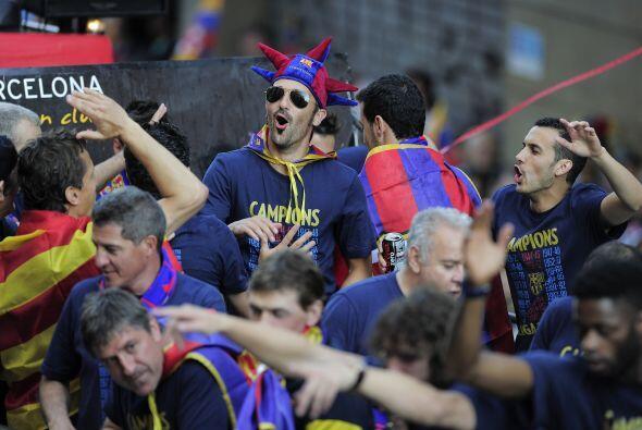 Al grito de 'Campeones, campeones' y otras frases, el cuadro 'culé' no c...