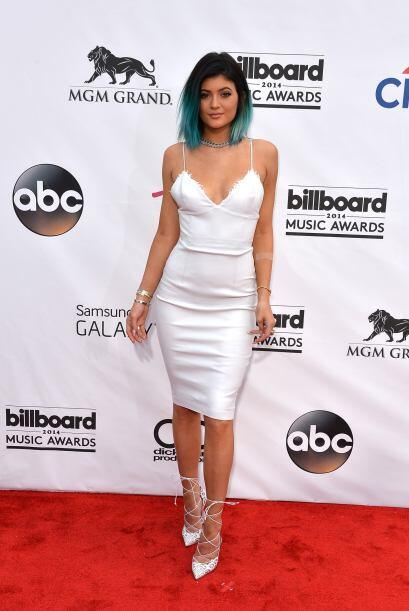¿Qué te parece el cabello azul de Kylie? Mira aquí...