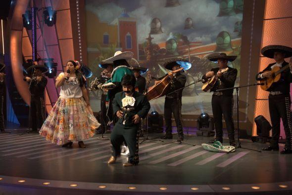 ¡A cantar y bailar, que el mundo y el show se van a acabar!