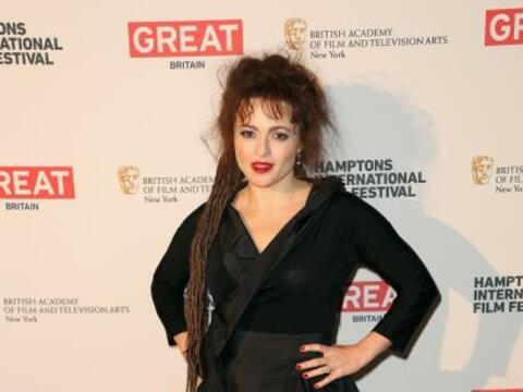 La que de plano siempre busca ser diferente a todas es Helena Bonham Car...