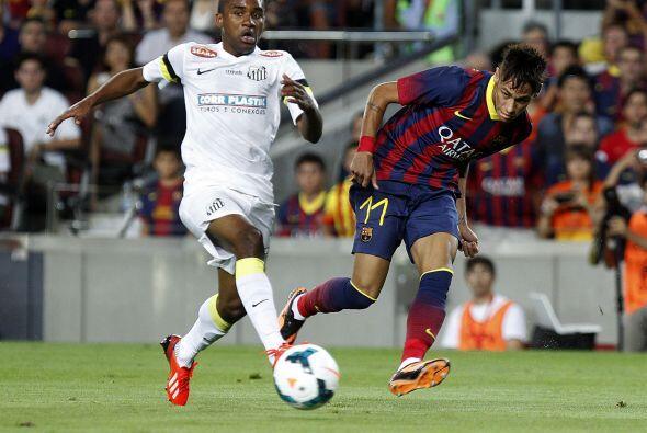 Neymar no anotó pero demostró su calidad.