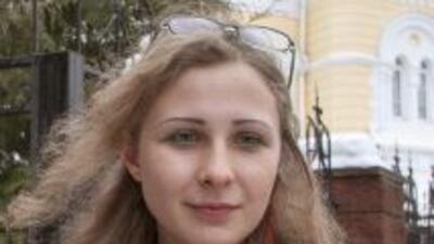 Después de dos años tras las rejas, María Aliójina fue puesta en liberta...