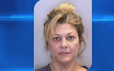 Mujer acusada de tener relaciones sexuales con menores en el condado de...