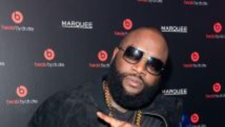 El rapero quedó en libertad luego de pagar una fianza de mil dólares.