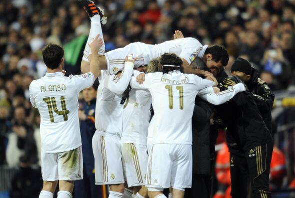 Todo era celebración en el Santiago Bernabéu.