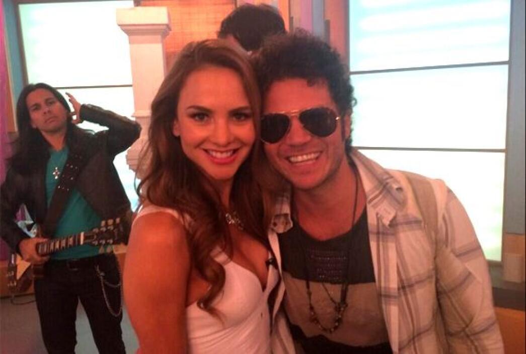 """""""Qué viva el talento de mi Tierra Colombia @CabasMusica hoy en @Despiert..."""