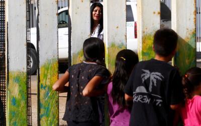 El temor a la deportación de los niños, plasmado en sus dibujos y cartas