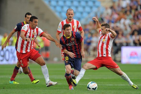 Messi hizo el primero quitándose rivales de encima.