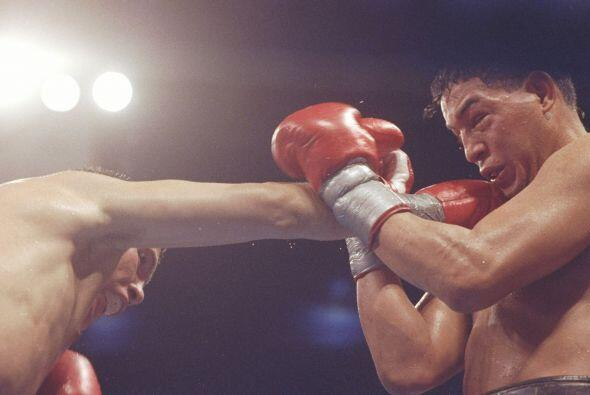 Julio César Chávez enfrentó a Hector 'Macho' Camacho el 12 de septiembre...