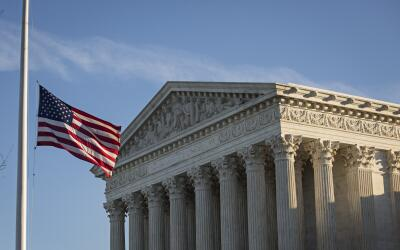 Univision 19 GettyImages-Supreme-Court-Half-Pole.jpg
