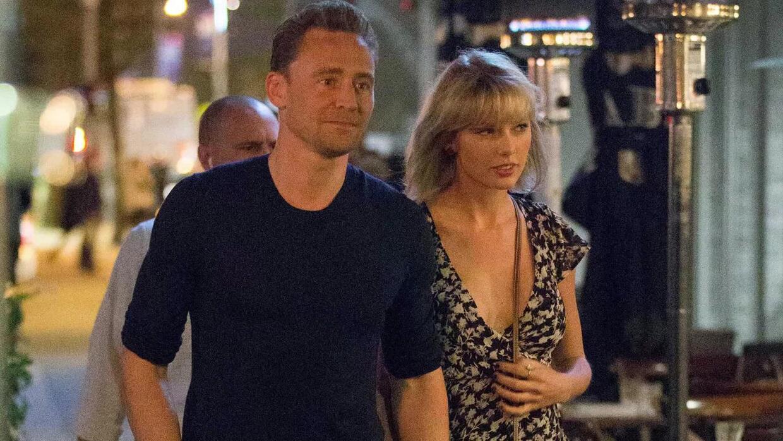 Tom Hiddleston le dice a Taylor Swift que quiere pasar el resto de su vi...