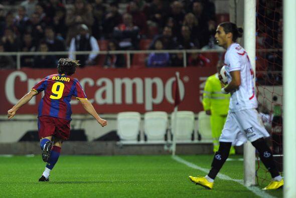 Y fue el '9' del Barcelona quien abrió el marcador.