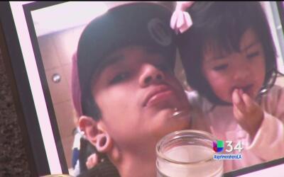 Buscan a sospechoso que asesinó a un joven en Riverside