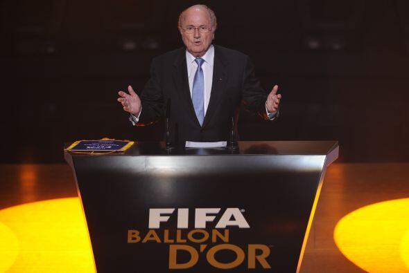 Joseph Blatter, presidente de la FIFA, inició con el evento.