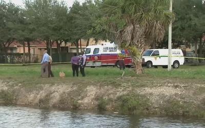 Encuentran el cuerpo de un hombre en un canal de Miramar