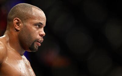 Daniel Cormier triste por no pelear en UFC 200 ante Jon Jones