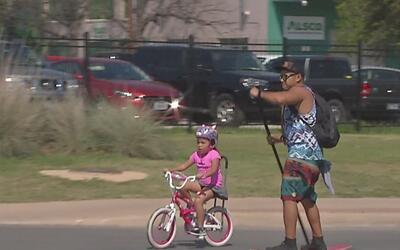 Más de 70,000 ciclistas tomaron las calles de San Antonio