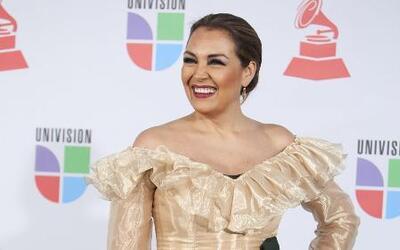 Aida Cuevas pidió que no especulen sobre Juan Gabriel