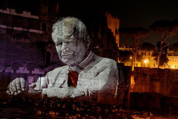 Juan Pablo II será beatificado el 1 de mayo de 2011 en la Plaza de San P...
