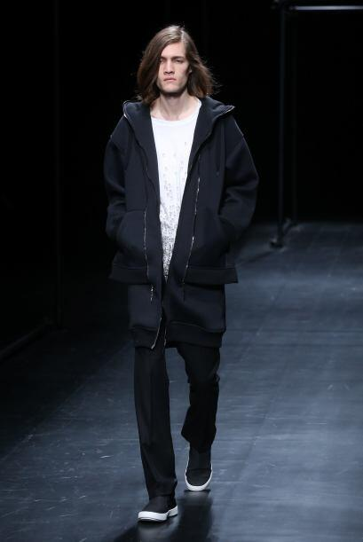 Yu Amatsu crea prendas tanto para mujer como para hombre.