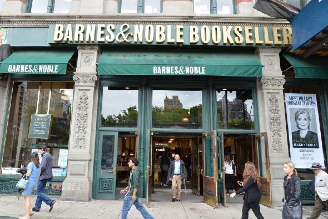 BARNES & NOBLE - Este año el programa de lectura de verano, llamado Imag...
