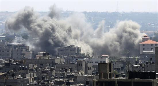 Según autoridades palestinas, 76 personas han muerto en Gaza en estos tr...