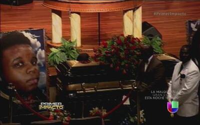 Dan el último adiós a Michael Brown, joven afroamericano baleado por un...